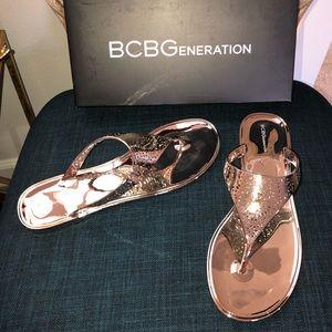 BCBGENERATION STARR2 MATTE BRONZE 9M NEW
